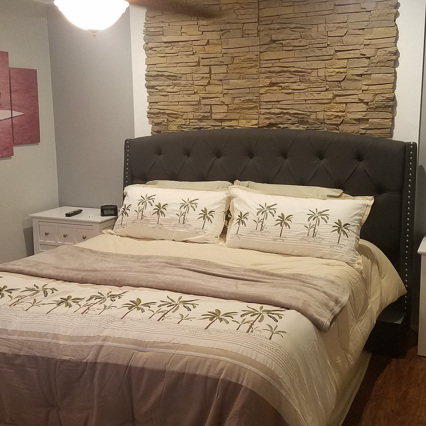 Accent Walls In Bedroom: Bedroom Faux Stone Accent Walls By Kevin