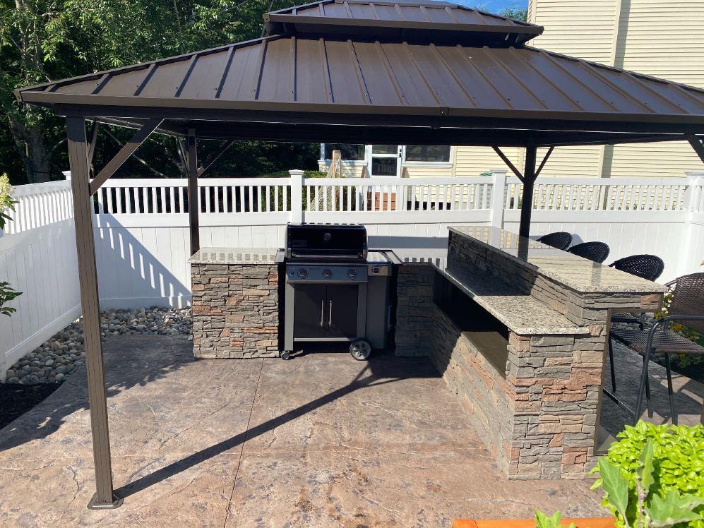 Stratford outdoor kitchen